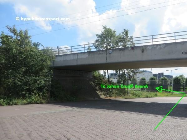 amsterdam johan cruijff arena met openbaar vervoer by public transport 15