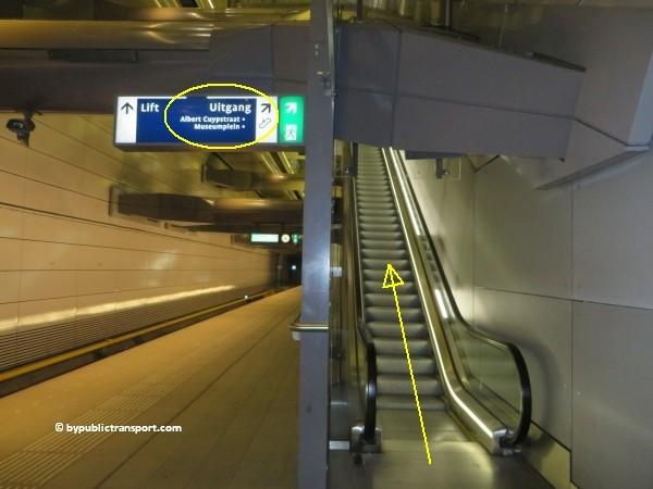hoe kom ik bij de albert cuypmarkt amsterdam met het ov openbaar vervoer by public transport 02