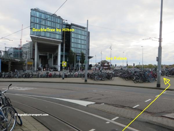 hoe kom ik bij de centrale bibliotheek oba oosterdok in amsterdam met het ov openbaar vervoer by public transport 20