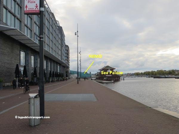 hoe kom ik bij de centrale bibliotheek oba oosterdok in amsterdam met het ov openbaar vervoer by public transport 23