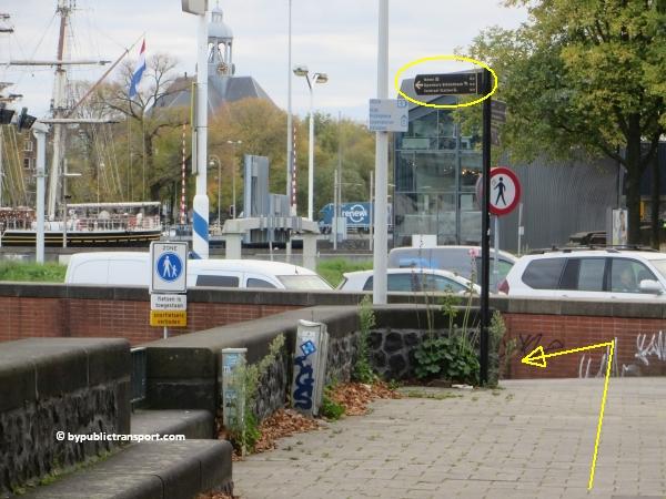 hoe kom ik bij de centrale bibliotheek oba oosterdok in amsterdam met het ov openbaar vervoer by public transport 29