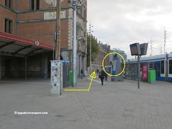 hoe kom ik bij het nemo science museum in amsterdam met het ov openbaar vervoer by public transport 09
