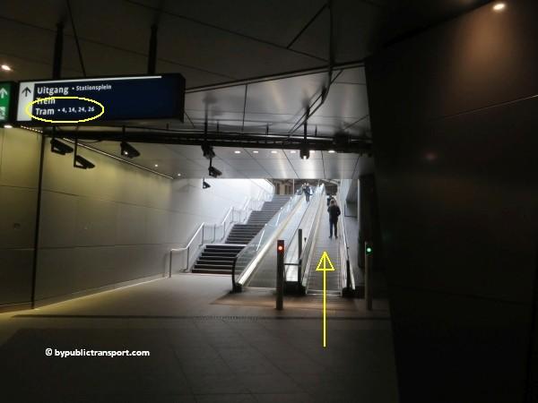 hoe kom ik bij het nemo science museum in amsterdam met het ov openbaar vervoer by public transport 16