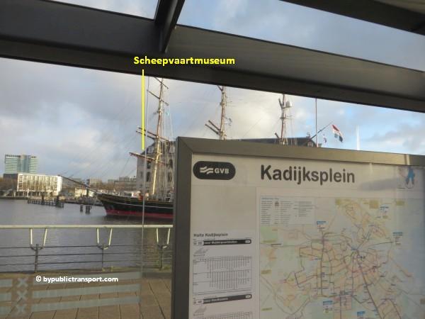 hoe kom ik bij het scheepvaartmuseum in amsterdam met het ov openbaar vervoer by public transport 01