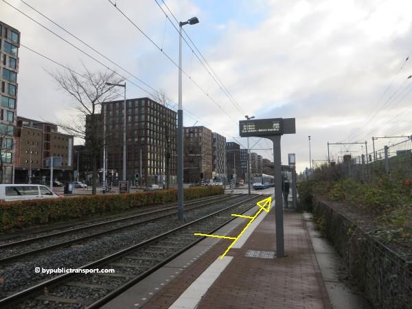 hoe kom ik bij het scheepvaartmuseum in amsterdam met het ov openbaar vervoer by public transport 02
