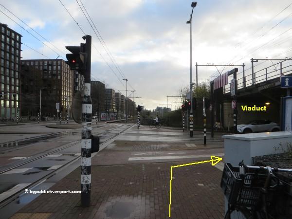 hoe kom ik bij het scheepvaartmuseum in amsterdam met het ov openbaar vervoer by public transport 04