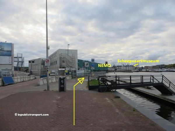 hoe kom ik bij het scheepvaartmuseum in amsterdam met het ov openbaar vervoer by public transport 31