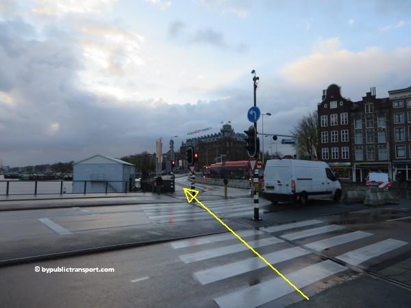 hoe kom ik bij het scheepvaartmuseum in amsterdam met het ov openbaar vervoer by public transport 40