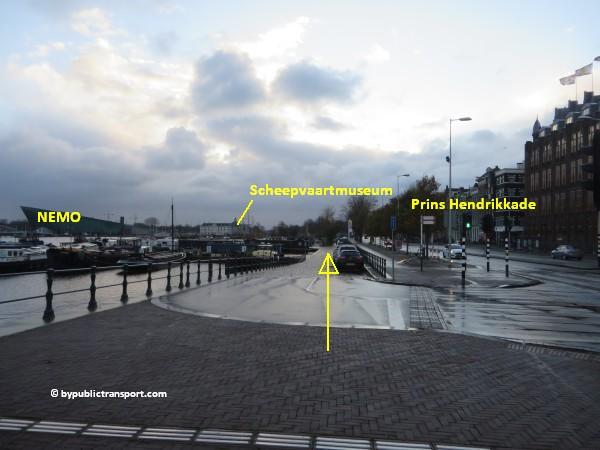 hoe kom ik bij het scheepvaartmuseum in amsterdam met het ov openbaar vervoer by public transport 42