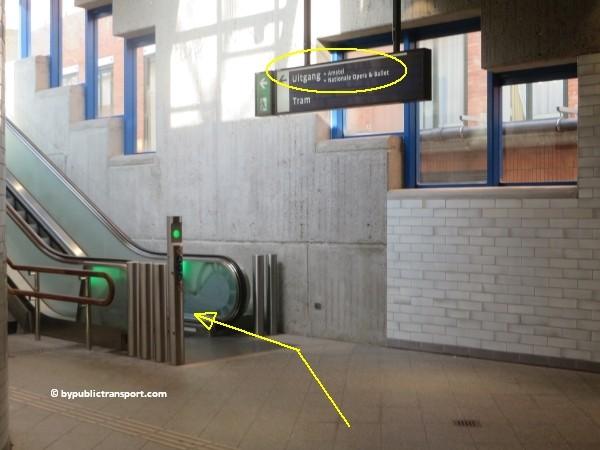 hoe kom ik bij het tropenmuseum amsterdam met het ov openbaar vervoer by public transport 23