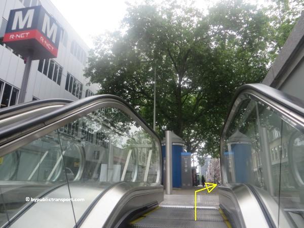 hoe kom ik bij theater carre amsterdam met het ov openbaar vervoer by public transport 01