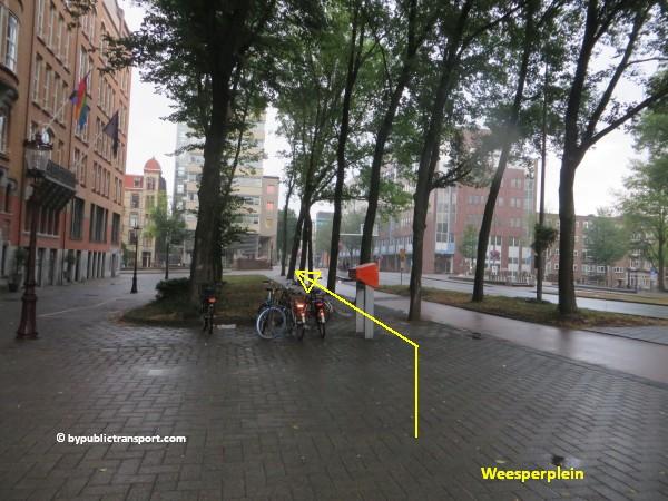 nationaal holocaust namenmonument amsterdam met het ov openbaar vervoer by public transport 33
