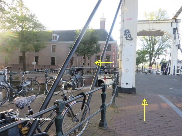 nationaal holocaust namenmonument amsterdam met het ov openbaar vervoer by public transport 42
